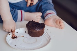 102.幼児 食事 しつけ 写真1