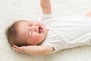 赤ちゃんの「黄昏泣き」はどうしたらいい?1